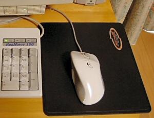 FUNC sUrface1030+Logiの旧型ボールマウス